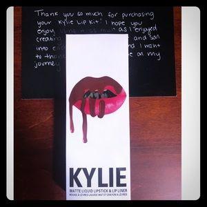 🔴Kylie Jenner lip kit SHADE-TRUE BROWN K🔴